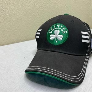 Celtics black and green fitted ball cap size large/xtra large